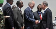 In Somalia, Ban lauds country's progress towards stability, urges 'continuity'