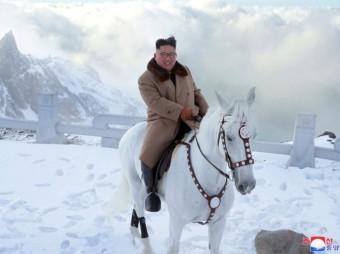 Denuclearization dialogue leads to more North Korean warheads By Yi Whan-woo, Kim Yoo-chul