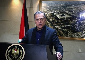 Abbas spokesman warns US and Israel not to cross 'red lines' with peace plan As Netanyahu and Gantz invited to Washington for discussion of plan said to be very favorable to Israel, Nabil Abu Rudeineh affirms support for Palestinian state along 1967 borders