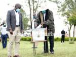 Museveni maintains lead as Uganda awaits final election results