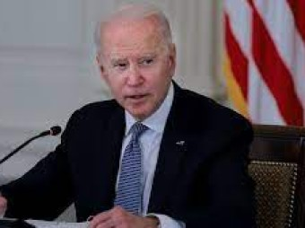 US meets Biden's vaccination target a month late, with virus deaths again rising